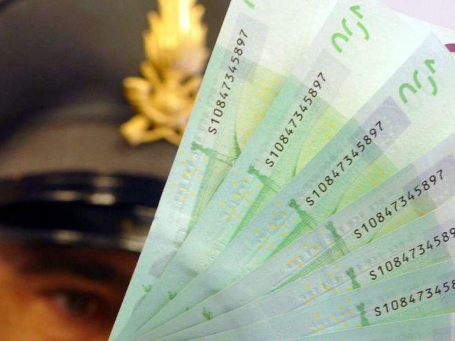 3 arresti per furto di identità: truffe da 2 milioni