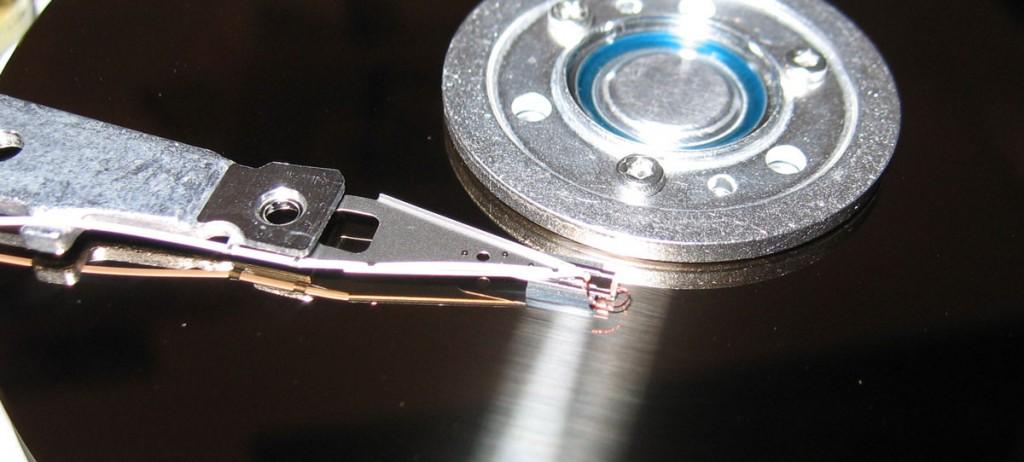 Un disco rigido per archiviare dati per un milione di anni